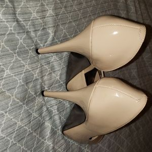 Steve Madden Shoes - Steve Madden Nude Peep Toes Shoes